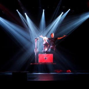 Illusionist Peter Valance, Zaubershow Berlin
